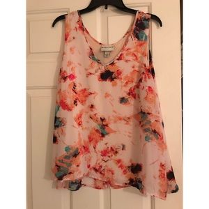 Ava and Viv tank with under lining. Floral